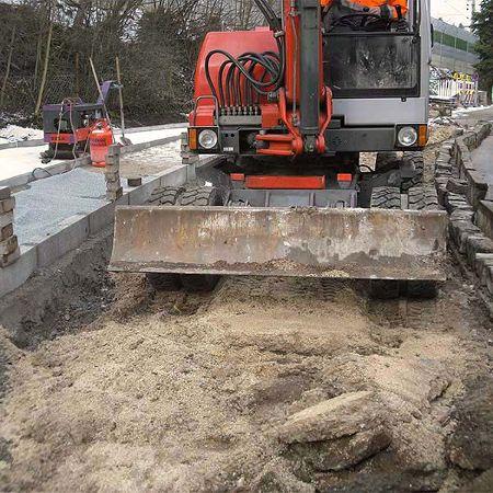 Kanal-, Wasserleitungs- und Straßenbauunterhalt