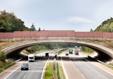 Grünbrücke über die A 7 Fulda-Würzburg