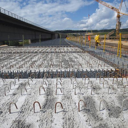 328 Halbfertigteile für Talbrücke Heidingsfeld