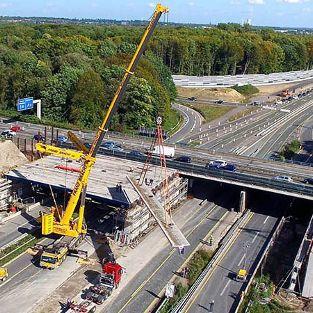 22 VFT-Träger für Autobahnbrücke am Kreuz BAB A 43 / A 2