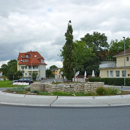 Kreisverkehr aus 17 Fertigteilen, Gustavsburg