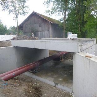 Brückenbauwerk als Bachdurchlass in Kirchham